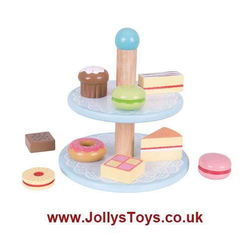 Wooden Cake Stand & Cakes